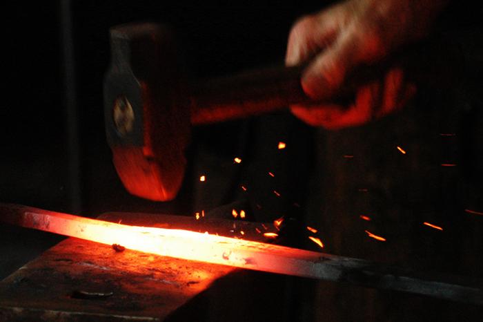 Свечение нагретого металла
